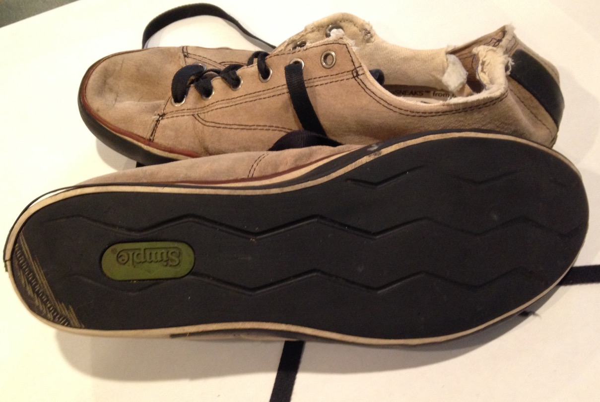 Dirty Shoes Diary – Simple Shoes